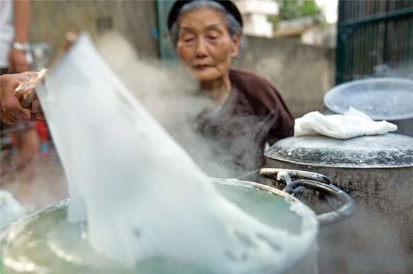 Bánh cuốn Thanh Trì đặc sản Hà Thành cổ xưa